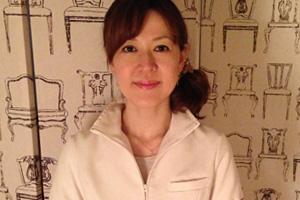湯浅先生の正面写真